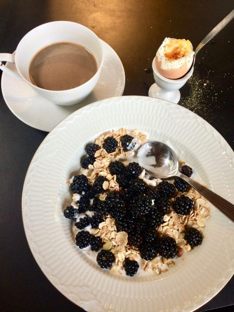 brumbær morgenmad