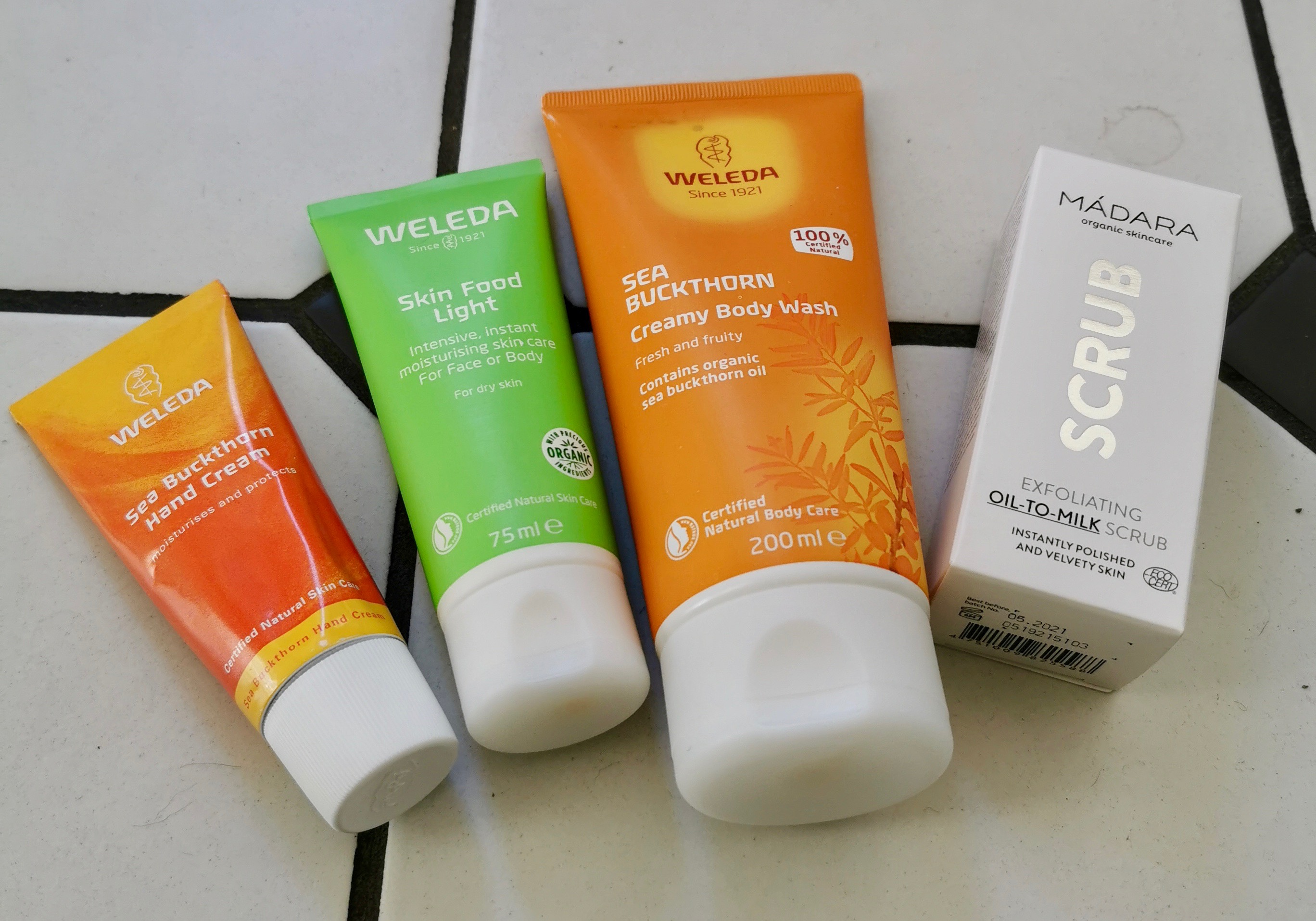 Weleda produkter. Håndcreme, skin food light