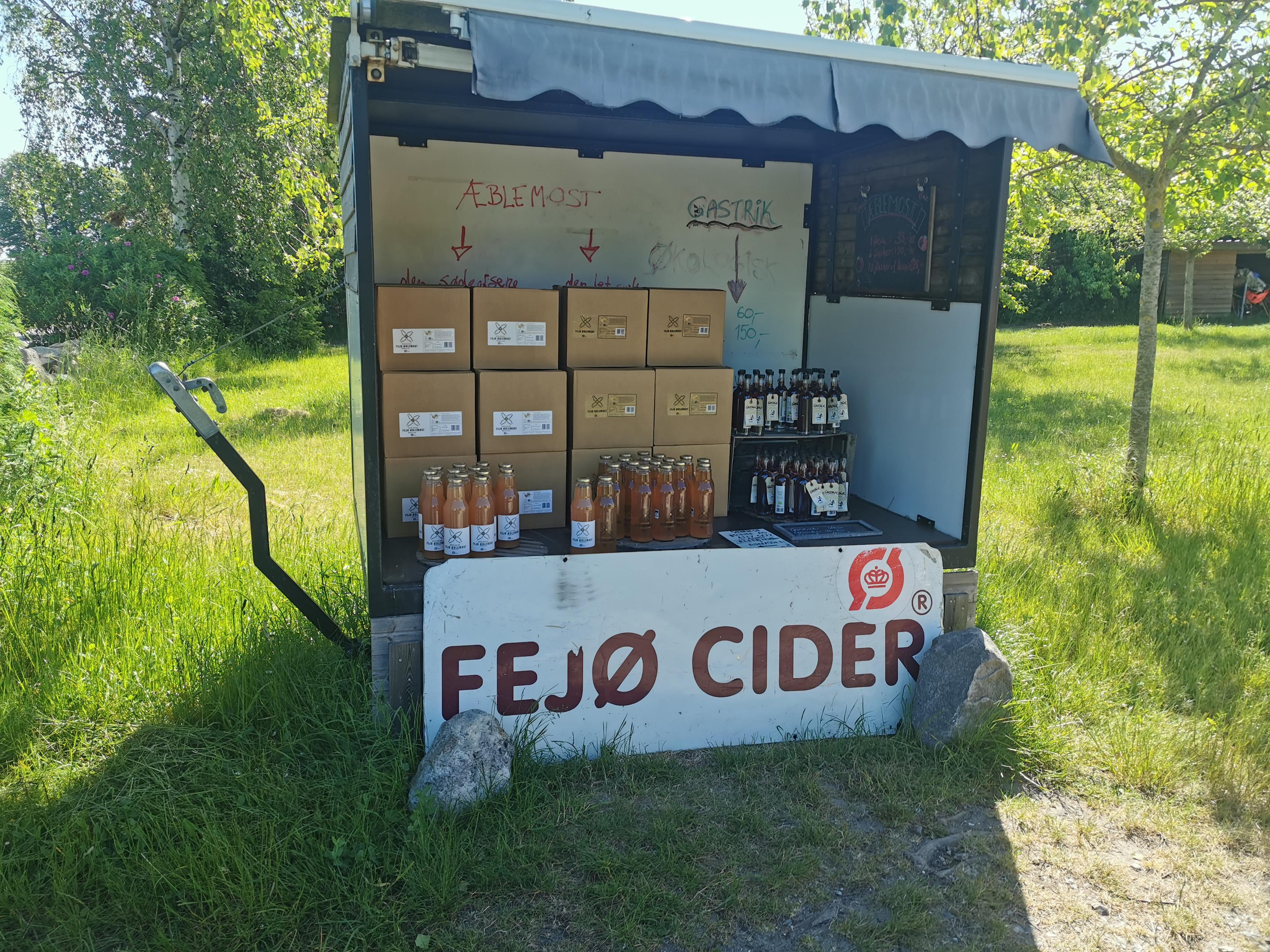 Fejø Cider og æblemost.